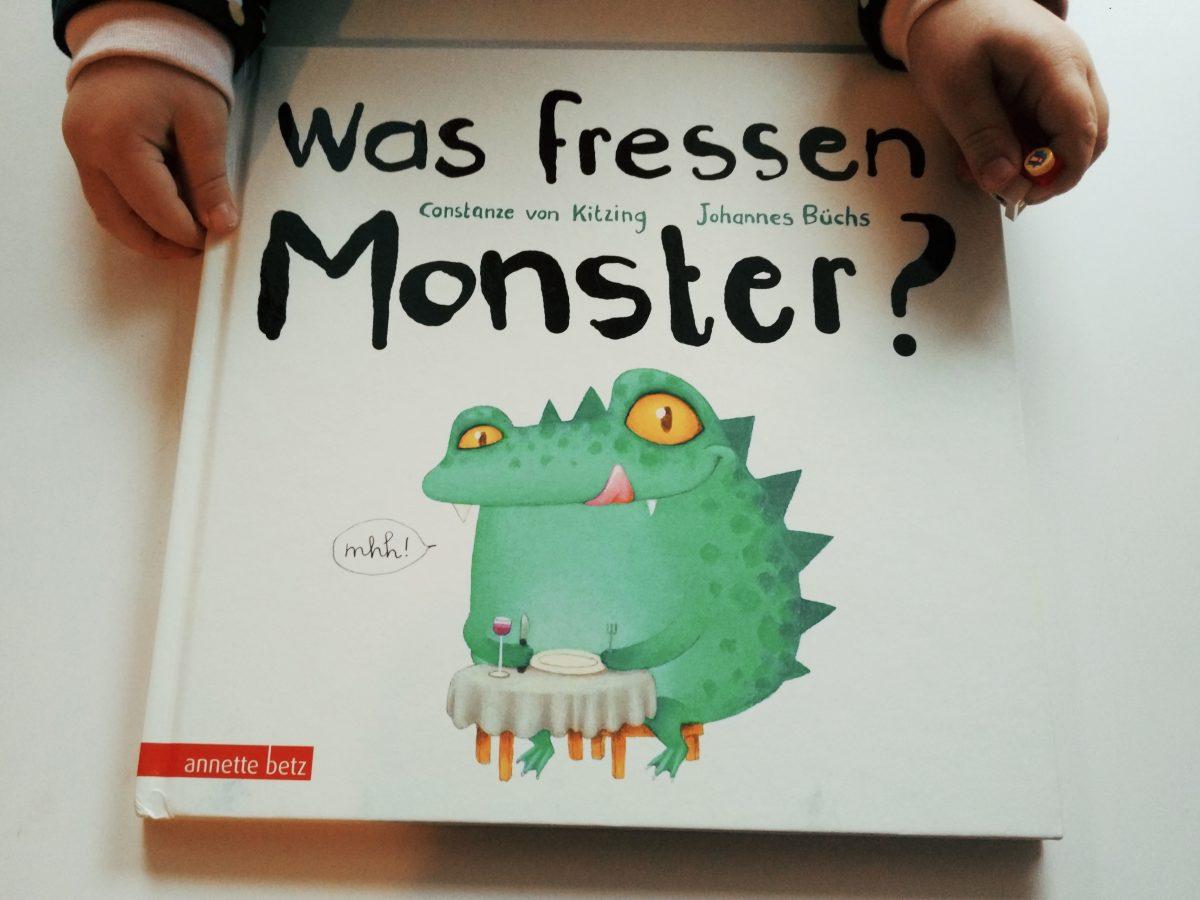 """© Illustrationen von Constanze von Kitzig aus """"Was fressen Monster?"""", Annette Betz in der Ueberreuter Verlag GmbH, Berlin 2018"""
